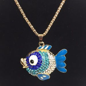 Blue pendant fish necklace